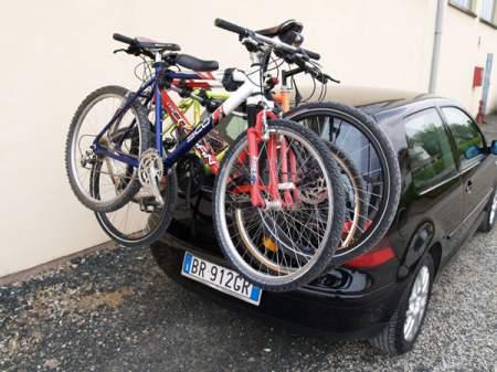 Bagażnik rowerowy na tylną klapę MENABO Mistral